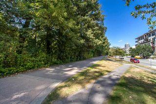 "Photo 3: 301 2381 BURY Avenue in Port Coquitlam: Central Pt Coquitlam Condo for sale in ""Riverside Manor"" : MLS®# R2397486"