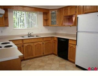"""Photo 2: 14 33110 GEORGE FERGUSON Way in Abbotsford: Central Abbotsford Condo for sale in """"TIFFANY PARK"""" : MLS®# F2911918"""