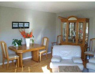 "Photo 3: 27 20841 DEWDNEY TRUNK Road in Maple_Ridge: Northwest Maple Ridge Townhouse for sale in ""KITCHLER STATION"" (Maple Ridge)  : MLS®# V668802"