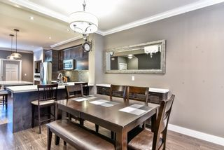 "Photo 5: 37 7090 180 Street in Surrey: Cloverdale BC Townhouse for sale in ""THE BOARDWALK"" (Cloverdale)  : MLS®# R2085658"