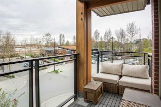 """Photo 15: 317 3133 RIVERWALK Avenue in Vancouver: South Marine Condo for sale in """"NEW WATER"""" (Vancouver East)  : MLS®# R2357163"""