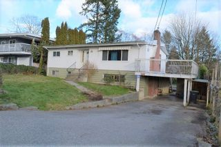 Photo 2: 239 MUNDY STREET in Coquitlam: Coquitlam East House for sale : MLS®# R2536964
