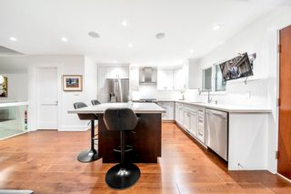 Photo 13: 2321 MARINE Drive in West Vancouver: Dundarave 1/2 Duplex for sale : MLS®# R2617952