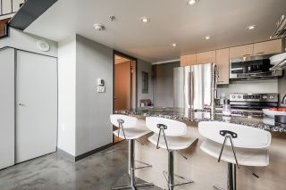 """Photo 7: 502 1 E CORDOVA Street in Vancouver: Downtown VE Condo for sale in """"CARRALL STATION"""" (Vancouver East)  : MLS®# R2598724"""