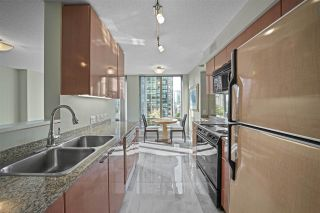 """Photo 7: 601 1288 W GEORGIA Street in Vancouver: West End VW Condo for sale in """"The Residences on Georgia"""" (Vancouver West)  : MLS®# R2495717"""
