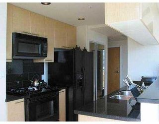 "Photo 3: 3703 1111 W PENDER ST in Vancouver: Coal Harbour Condo for sale in ""VANTAGE"" (Vancouver West)  : MLS®# V549733"