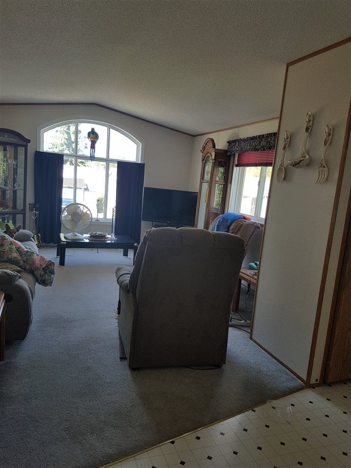 Photo 3: Photos: 35 5164 HART Highway in Prince George: Hart Highway Manufactured Home for sale (PG City North (Zone 73))  : MLS®# R2102021