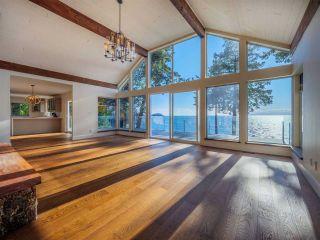"Photo 15: 7101 DALE Road in Sechelt: Sechelt District House for sale in ""Caleda Estates"" (Sunshine Coast)  : MLS®# R2515160"