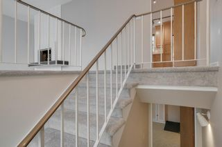 Photo 3: 2132 Palisdale Road SW in Calgary: Palliser Detached for sale : MLS®# A1048144