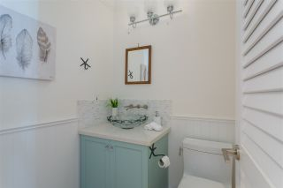 """Photo 12: 2092 WHYTE Avenue in Vancouver: Kitsilano 1/2 Duplex for sale in """"KITS POINT"""" (Vancouver West)  : MLS®# R2209008"""