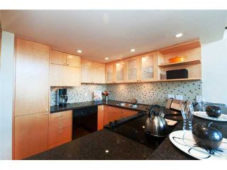 """Photo 3: 1161 W 8TH Avenue in Vancouver: Fairview VW Townhouse for sale in """"FAIRVIEW 2"""" (Vancouver West)  : MLS®# V826062"""