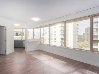 """Photo 6: 911 1177 HORNBY Street in Vancouver: Downtown VW Condo for sale in """"LONDON PLACE"""" (Vancouver West)  : MLS®# R2403414"""