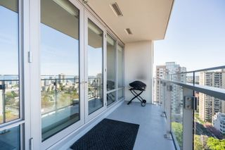 """Photo 15: 2205 1028 BARCLAY Street in Vancouver: West End VW Condo for sale in """"PATINA"""" (Vancouver West)  : MLS®# R2268183"""