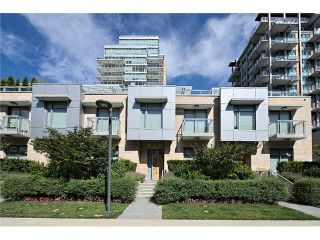 """Photo 2: 104 5838 BERTON Avenue in Vancouver: University VW Townhouse for sale in """"THE WESBROOK"""" (Vancouver West)  : MLS®# V1078429"""