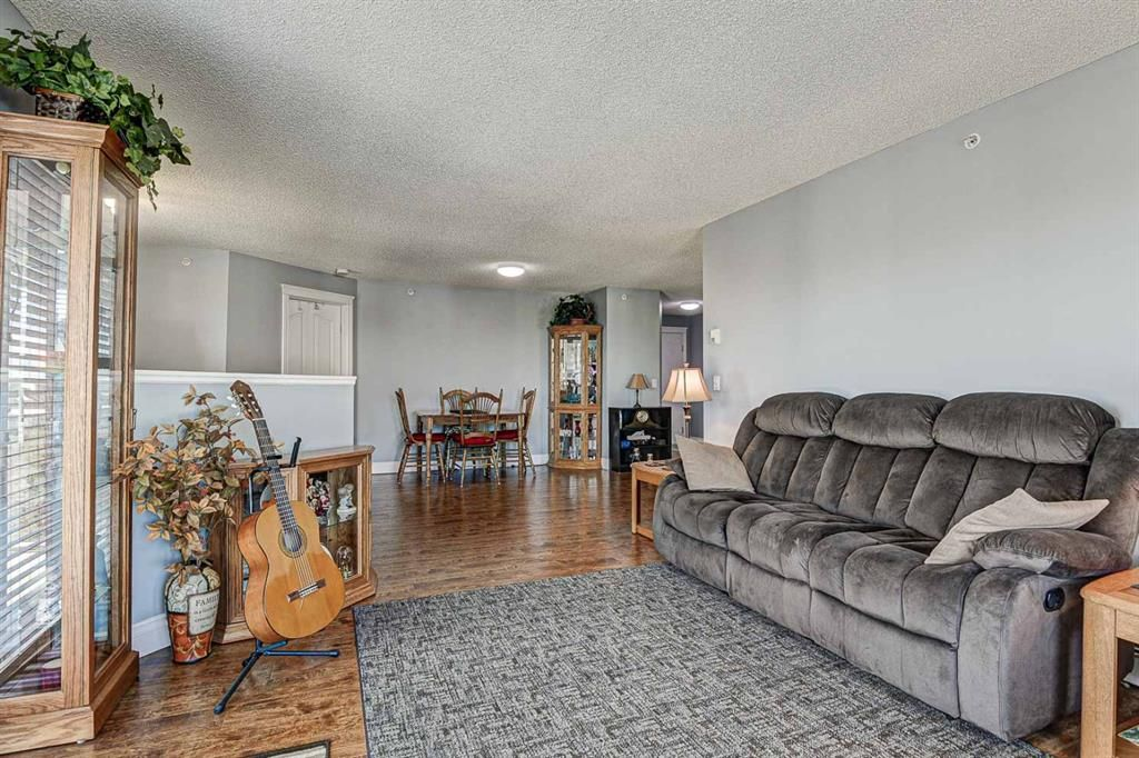 Photo 7: Photos: 414 6000 Somervale Court SW in Calgary: Somerset Apartment for sale : MLS®# A1126946
