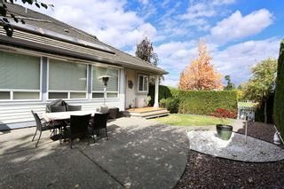 Photo 3: 7428 146 Street in Surrey: East Newton House for sale : MLS®# R2109102