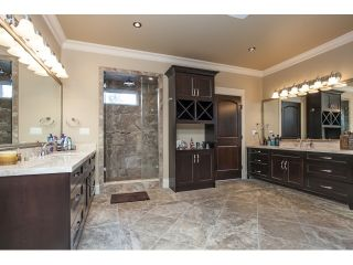 """Photo 12: 31538 KENNEY Avenue in Mission: Mission BC House for sale in """"Golf Course"""" : MLS®# R2077047"""