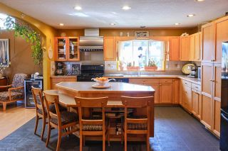 Photo 6: 426 GOWER POINT Road in Gibsons: Gibsons & Area House for sale (Sunshine Coast)  : MLS®# R2563256