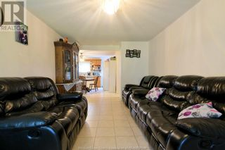 Photo 4: 19 WESTMORELAND in Leamington: House for sale : MLS®# 21019907