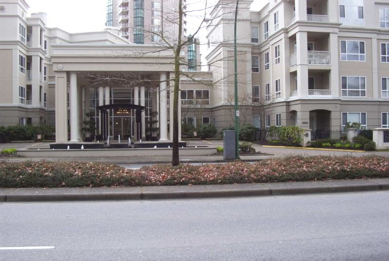 "Photo 1: Photos: 135 3098 GUILDFORD WY in Coquitlam: North Coquitlam Condo for sale in ""MARLBOROUGH HOUSE"" : MLS®# V579922"
