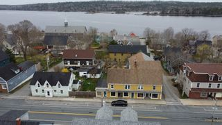 Photo 3: 138 Water Street in Shelburne: 407-Shelburne County Residential for sale (South Shore)  : MLS®# 202109868