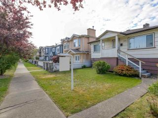 Photo 6: 3232 NAPIER Street in Vancouver: Renfrew VE House for sale (Vancouver East)  : MLS®# R2072671