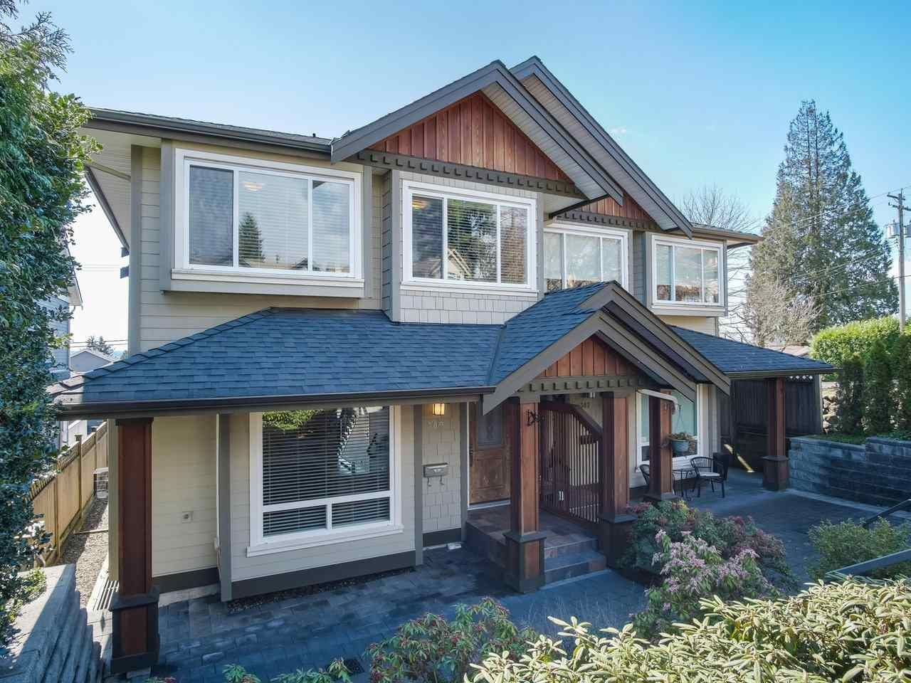 Main Photo: 309 E 6 STREET in : Lower Lonsdale 1/2 Duplex for sale : MLS®# R2447363