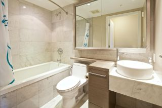 """Photo 13: 1611 833 SEYMOUR Street in Vancouver: Downtown VW Condo for sale in """"CAPITOL by WALL FINANCIAL"""" (Vancouver West)  : MLS®# R2070039"""