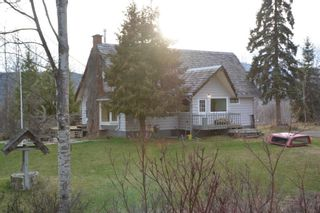 Photo 17: 200 LAIDLAW Road in Smithers: Smithers - Rural House for sale (Smithers And Area (Zone 54))  : MLS®# R2453029