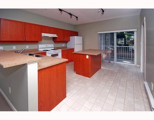 Main Photo: 14 1800 MAMQUAM Road in Squamish: Garibaldi Estates 1/2 Duplex for sale : MLS®# V760993