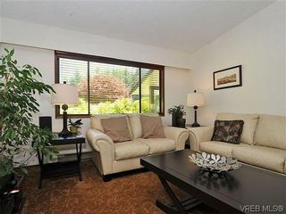 Photo 4: 2774 Kristina Pl in VICTORIA: La Fairway House for sale (Langford)  : MLS®# 612437