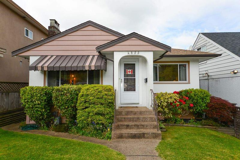 FEATURED LISTING: 4855 DUMFRIES Street Vancouver