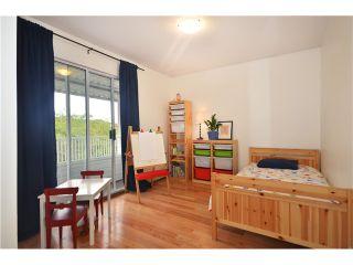 """Photo 14: 878 E 23RD AV in Vancouver: Fraser VE House for sale in """"CEDAR COTTAGE"""" (Vancouver East)  : MLS®# V1022949"""