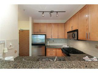 """Photo 5: 108 4885 VALLEY Drive in Vancouver: Quilchena Condo for sale in """"MACLURE HOUSE"""" (Vancouver West)  : MLS®# V884560"""