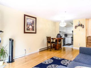 "Photo 3: 202 3680 RAE Avenue in Vancouver: Collingwood VE Condo for sale in ""RAE COURT"" (Vancouver East)  : MLS®# R2506531"