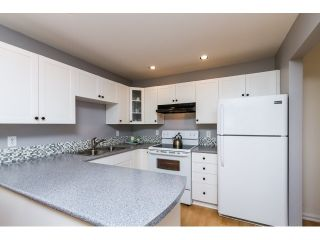 Photo 2: 315 450 BROMLEY Street in Coquitlam: Coquitlam East Condo for sale : MLS®# R2068910