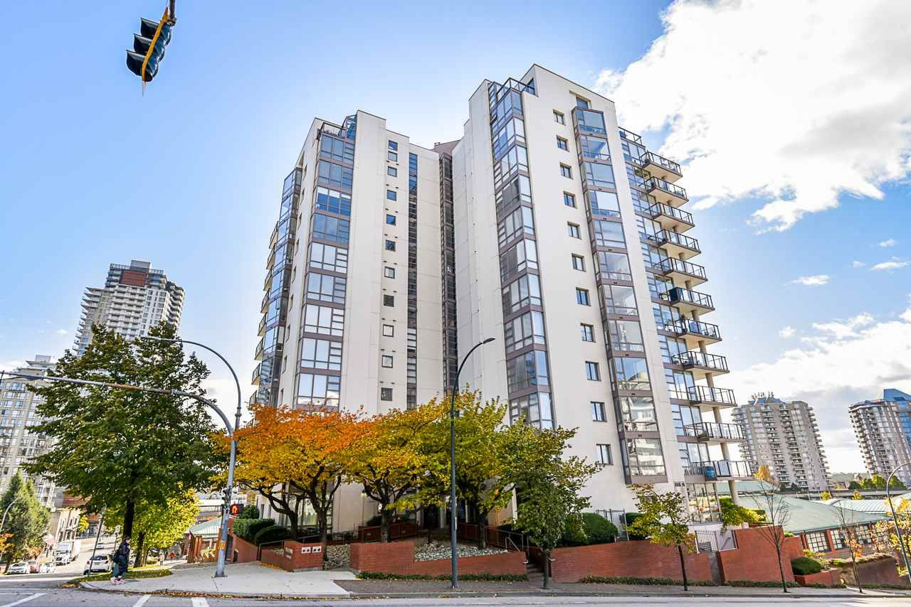 Main Photo: 406 98 TENTH STREET in New Westminster: Downtown NW Condo for sale : MLS®# R2515390