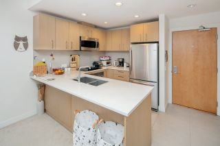 "Photo 6: 311 5981 GRAY Avenue in Vancouver: University VW Condo for sale in ""SAIL"" (Vancouver West)  : MLS®# R2396731"