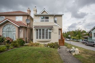 Photo 2: 1121 E 27TH AVENUE in Vancouver: Knight House for sale (Vancouver East)  : MLS®# R2403428