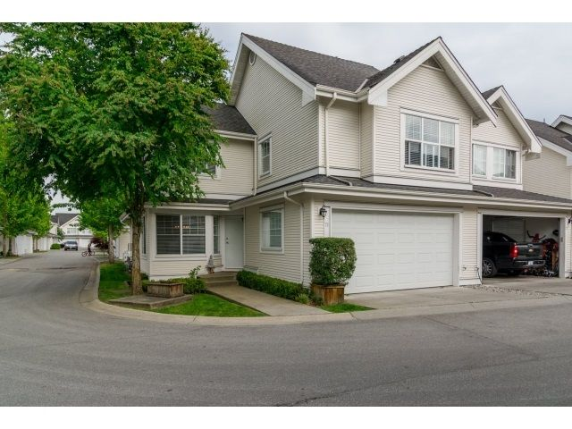 """Main Photo: 71 17097 64 Avenue in Surrey: Cloverdale BC Townhouse for sale in """"The Kentucky"""" (Cloverdale)  : MLS®# R2064911"""