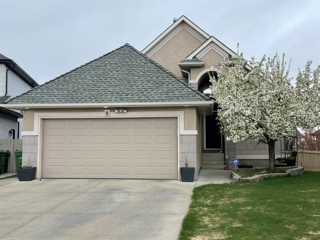 Main Photo: 8 Evergreen Heights SW in Calgary: Evergreen Detached for sale : MLS®# A1102790