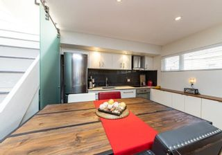 "Photo 6: 46 870 W 7TH Avenue in Vancouver: Fairview VW Townhouse for sale in ""Laurel Court"" (Vancouver West)  : MLS®# R2537900"