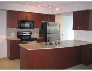 """Photo 5: 610 GRANVILLE Street in Vancouver: Downtown VW Condo for sale in """"HUDSON"""" (Vancouver West)  : MLS®# V622804"""