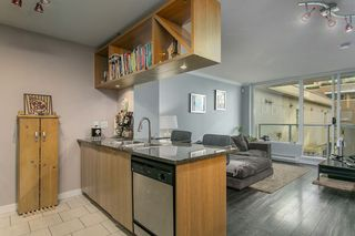 """Photo 2: 307 1001 RICHARDS Street in Vancouver: Downtown VW Condo for sale in """"MIRO"""" (Vancouver West)  : MLS®# R2137309"""