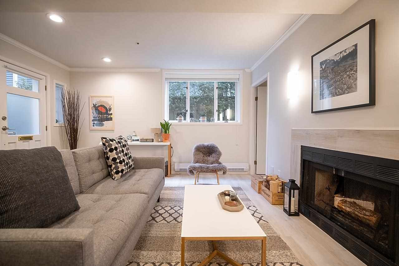 Main Photo: 1942 W 15TH Avenue in Vancouver: Kitsilano Townhouse for sale (Vancouver West)  : MLS®# R2575592