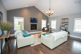 Photo 4: 17 Highland Drive in Ardoise: 403-Hants County Residential for sale (Annapolis Valley)  : MLS®# 202125752