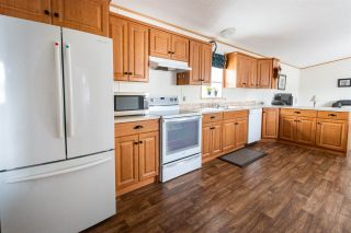 """Photo 3: 91 6100 O'GRADY Road in Prince George: St. Lawrence Heights Manufactured Home for sale in """"COLLEGE HEIGHTS TRAILER PARK"""" (PG City South (Zone 74))  : MLS®# R2453065"""