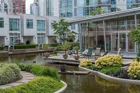 "Photo 18: 1005 189 DAVIE Street in Vancouver: Yaletown Condo for sale in ""Aquarius III"" (Vancouver West)  : MLS®# R2106888"