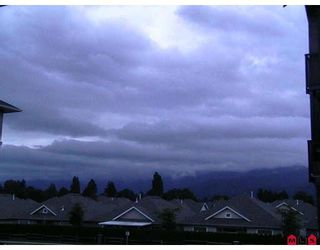 """Photo 5: 201 45753 STEVENSON Road in Sardis: Sardis East Vedder Rd Condo for sale in """"PARK PLACE II"""" : MLS®# H2804541"""