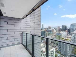 """Photo 8: 3002 1111 RICHARDS Street in Vancouver: Yaletown Condo for sale in """"8X On The Park"""" (Vancouver West)  : MLS®# R2610425"""